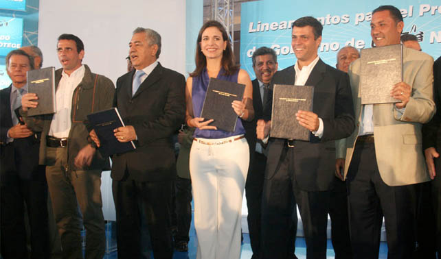 PERFILES-Opositores Venezuela en carrera para enfrentar a Chávez