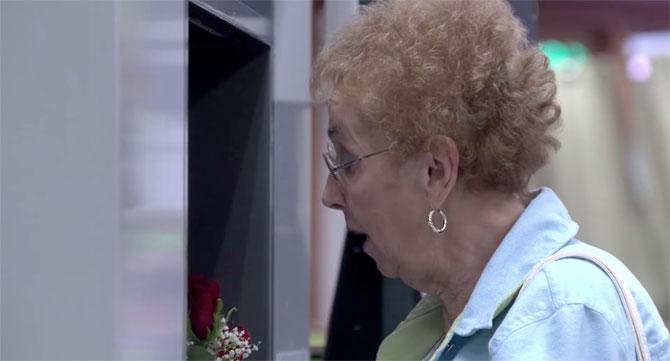 Abuela-cajero