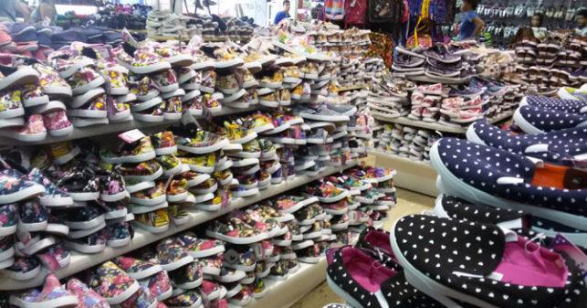 """9fa5cd0f7280c La conocida zapatería """"Only Shoes… And Algo Más"""" de la ciudad de Valencia  lanzó el día de ayer una gran oferta en la que ofrece tan solo un 10% de  aumento ..."""