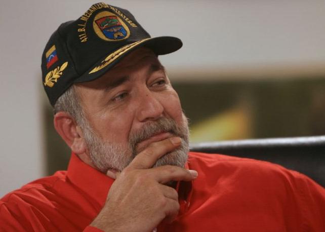 Mario Silva denuncia plan de ley seca en su contra
