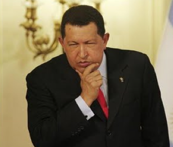 Ordenar CD´s, hacerle servicio al carro y guerra con Colombia entre las cosas por hacer del Presidente