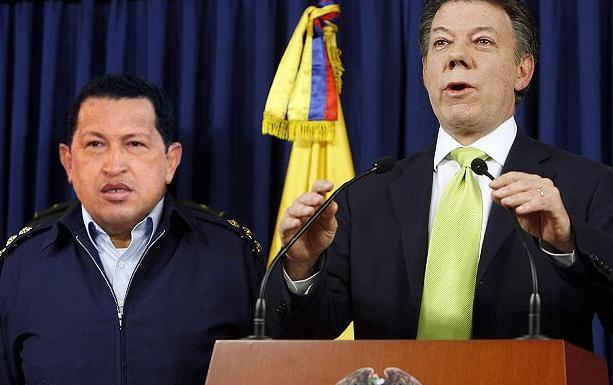 Santos bota a su jefe de campaña y contrata a Chávez