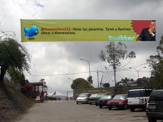 Tweets de @chavezcandanga aparecen en vallas de Barinas