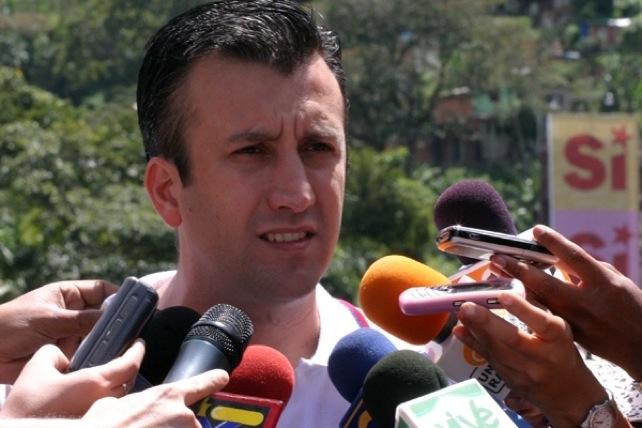 Venezolanos permanecerán en casa hasta que pase la mala pava