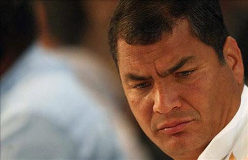 ¿Qué está pensando Correa?
