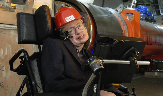"""Dios responde a Stephen Hawking: """"¿Quieres que te joda más?"""""""