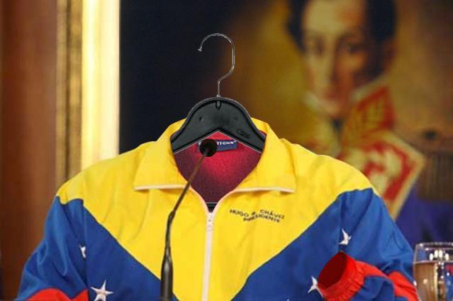 PSUV pide revocatorio a chaquetica tricolor de Chávez