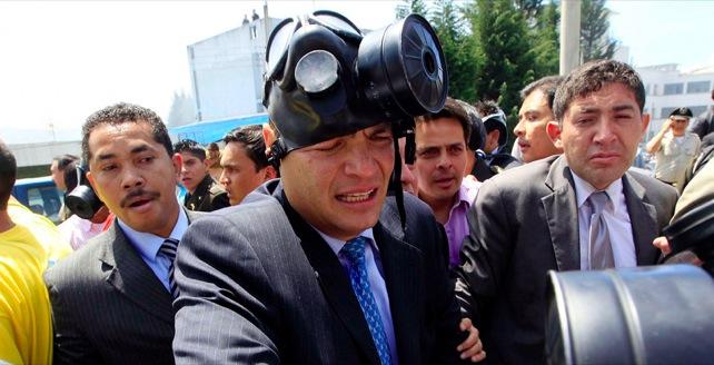 Correa sobrevive a ruleteo policial