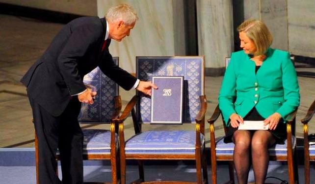 Venezuela critica que se premie a una silla con el Nobel de Paz