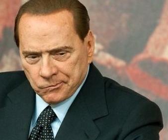 """Berlusconi indignado: """"¿17 años? ¡Me dijo que tenía 15!"""""""