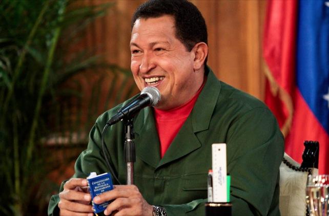 Chávez veta ley universitaria y propone repetir el mes de Diciembre