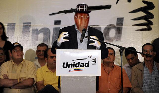"""MUD postula a """"Cualquier Cosa Menos Chávez"""" como candidato"""