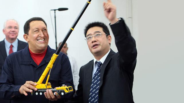 """Chávez compra a China un camioncito que hace """"Frumm fruuuum"""""""
