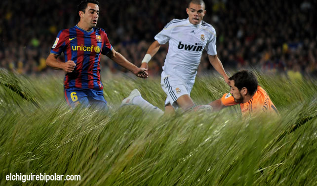 "Mourinho: ""Fracasó técnica de dejar césped a un metro de altura"""