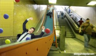Metro de Caracas sustituirá escaleras mecánicas con toboganes