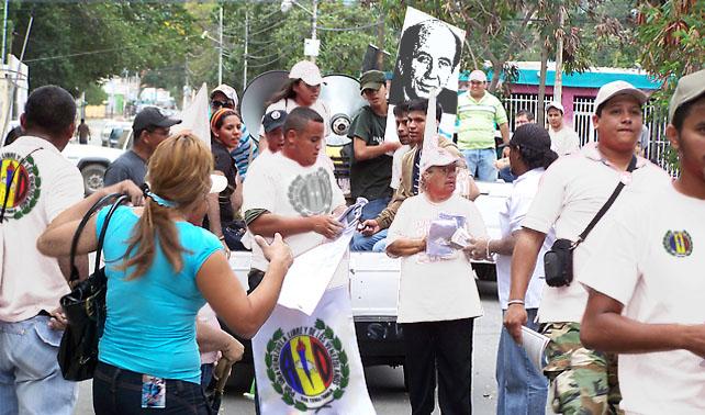 Por baja exposición a Chávez, oficialistas retornan a AD
