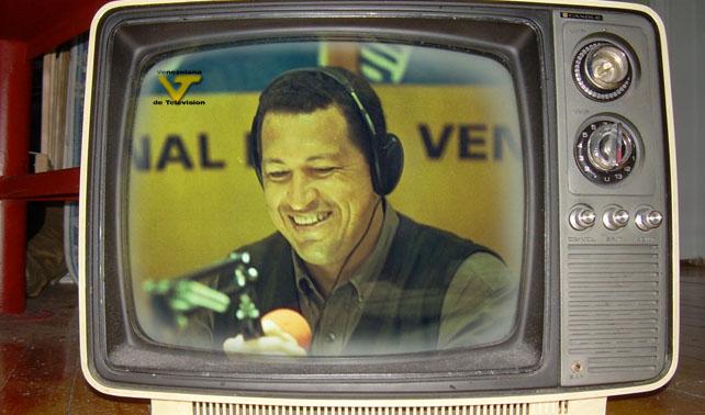 """VTV retransmite primeros capítulos de """"Aló Presidente"""" para suplir ausencia de Chávez"""