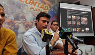 Durante rueda de prensa Leopoldo López abre YouPorn por error