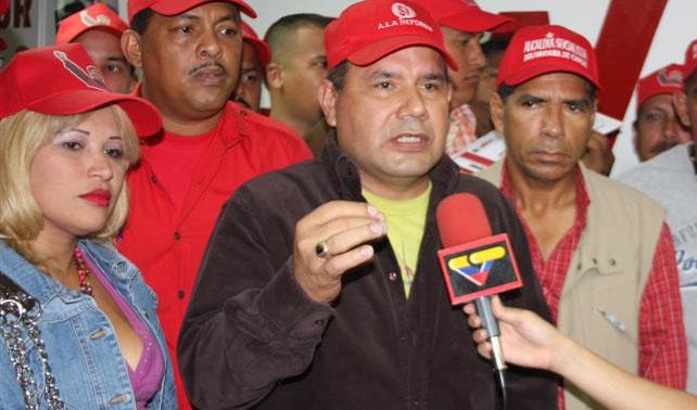 Luego de pasar 1 mes en Orlando, chavista está convencido de que EEUU se jodió