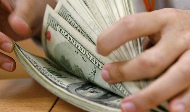 Gobierno se endeuda con el capitalismo para financiar lucha contra el capitalismo