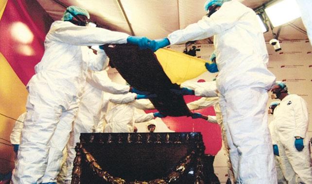 Estudio revela que Chávez y Bolívar tenían huesos por lo tanto son la misma persona