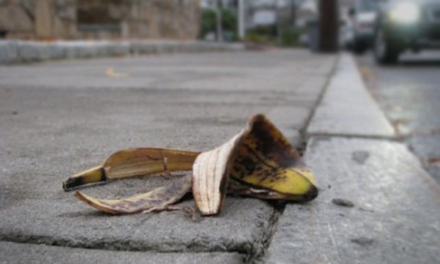 En su aniversario, caraqueño regala a su ciudad concha de cambur