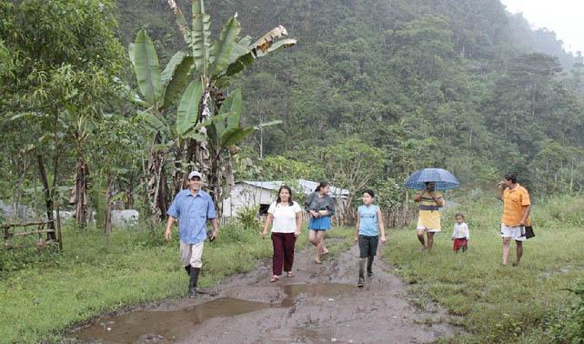 Personas que invadieron terreno en Valle La Pascua lamentan no haber pensado en Las Mercedes