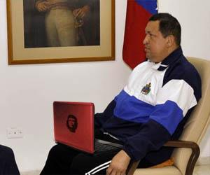 Chávez inicia campaña recorriendo casa por casa en Google Earth