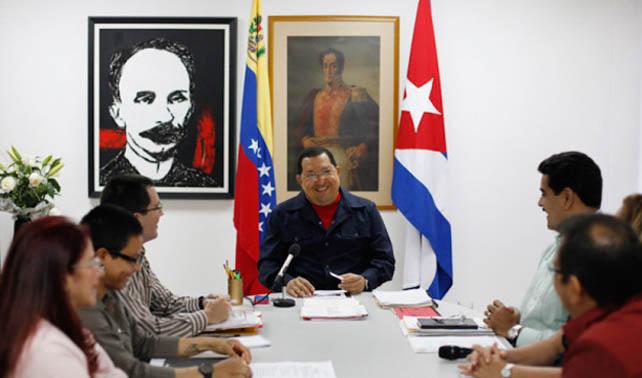 Chávez aparece desde Cuba para demostrar que allá ya saben grabar videos