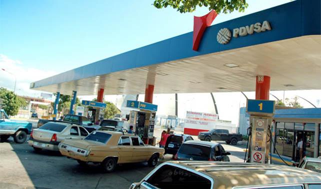 Por escasez de gasolina, PDVSA activa Plan de Contingencia para hacer su trabajo