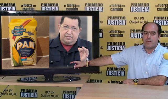 Oposición acusa al gobierno por escasez de harina PAN y Chávez