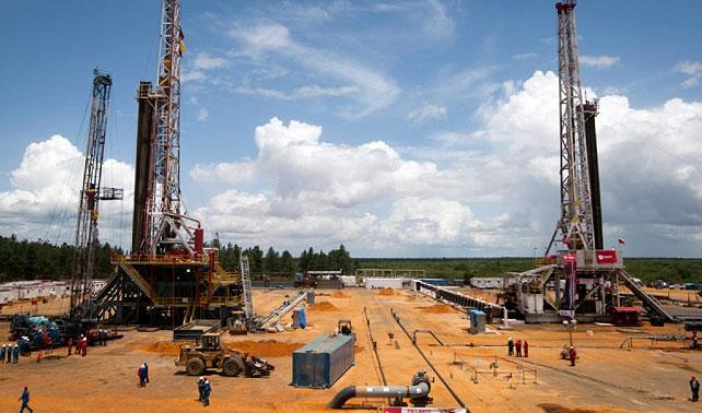 EEUU revende a Venezuela petróleo procesado a precio de mercado, bueno… el chiste es que somos unos idiotas