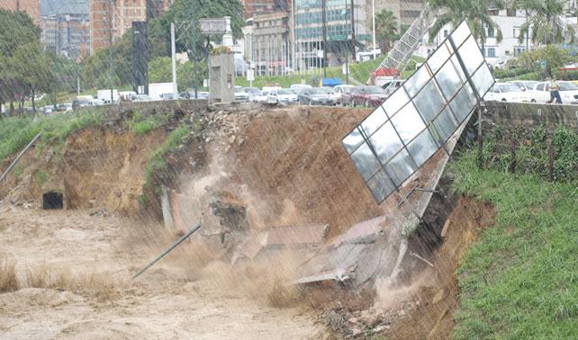 Lluvias toman por sorpresa a Caracas por 448vo año consecutivo