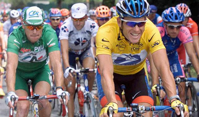 Armstrong acusa a competidores de usar artefacto mecánico de dos ruedas para trasladarse a mayor velocidad