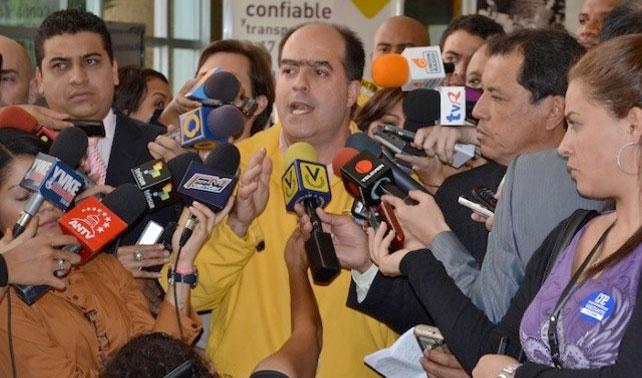 """Julio Borges: """"Si todos los chavistas fueran opositores, hubiéramos ganado las 23 gobernaciones"""""""