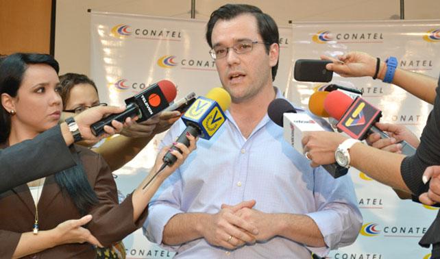 Conatel multa a Globovisión por transmitir imágenes y sonidos