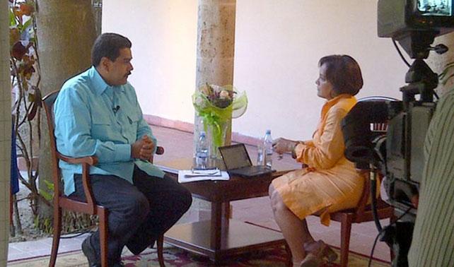 Maduro planea calmar rumores sobre Chávez durmiendo al país hasta el 10E
