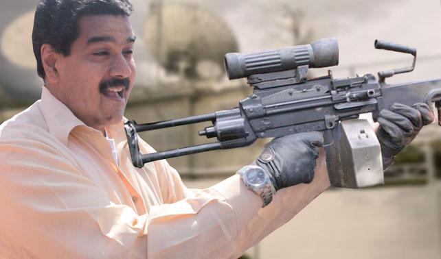 Maduro ingresa a Globovisión con ametralladora y acaba con el canal de una vez