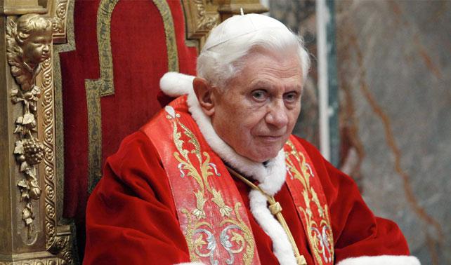 Dios agradece no tener que liquidar doble al Papa