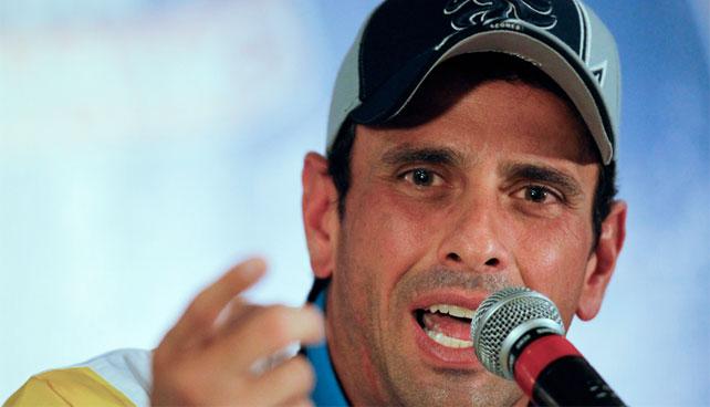 Medios Públicos hacen esfuerzos para convertir a Capriles en próximo Chávez