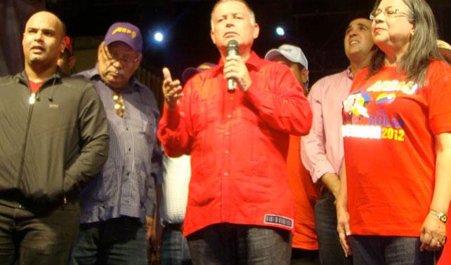 Arias Cárdenas protesta contra chip para racionar la corrupción
