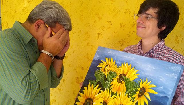 Hijo artista regala otra decepción a padre en su día