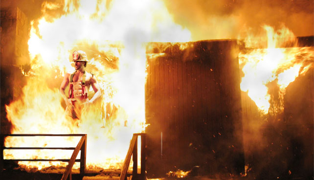 Bombero stripper muere al intentar apagar incendio con un baile