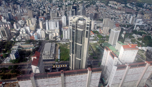 Caracas cumple 446 años haciendo creer a todos que es una ciudad