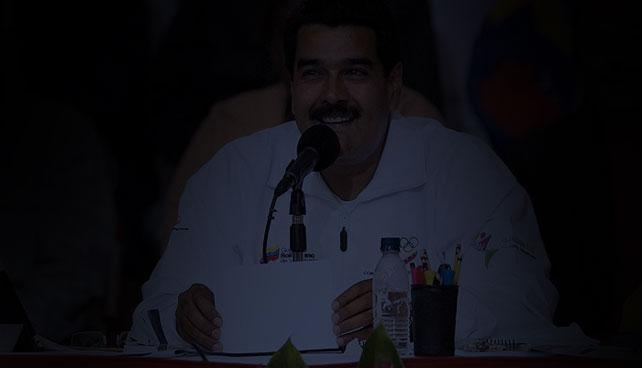 Se va la luz en evento sobre los 100 días de Gobierno de Maduro