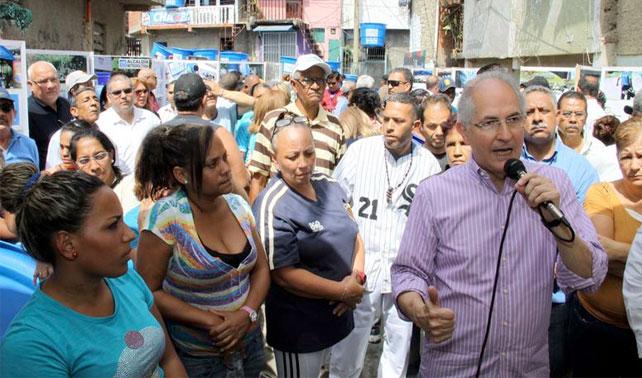 Ledezma busca reelección en alcaldía imaginaria