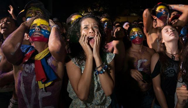 Venezuela se prepara para romper el Récord Guinness en apretada de culo