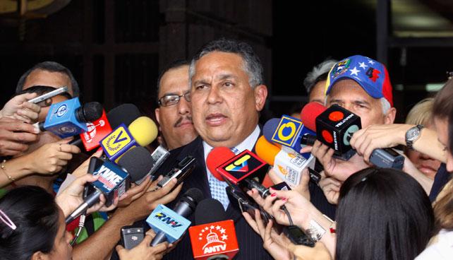 Conatel renueva concesión a Pedro Carreño para que siga transmitiendo insultos 20 años más