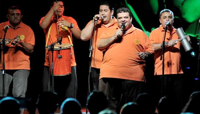 Cantante de gaitas denuncia que fue despedido por haber hecho dieta