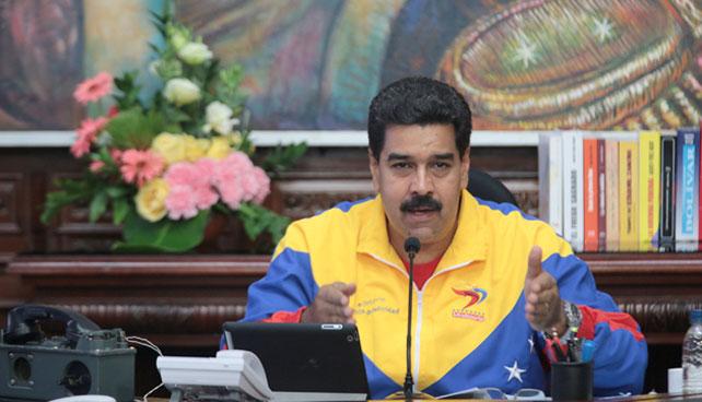 Maduro lleva inflación a 0% anunciando que todo es gratis